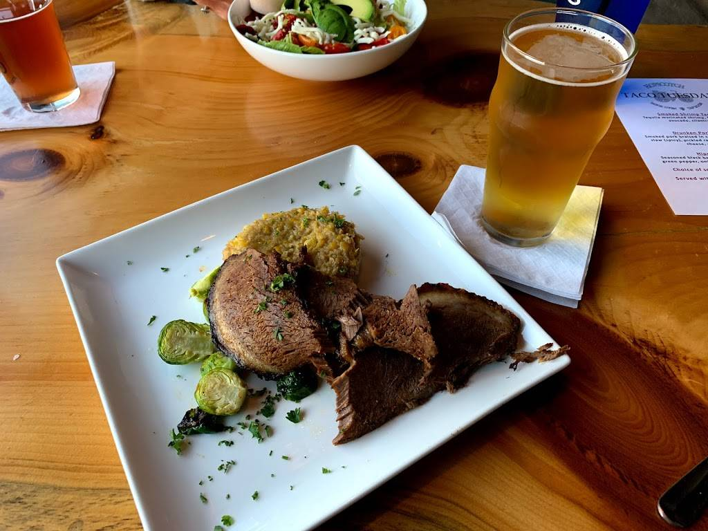 Hopscotch Brick Oven and Taproom | restaurant | 2032 US-31, Traverse City, MI 49686, USA | 2312524718 OR +1 231-252-4718