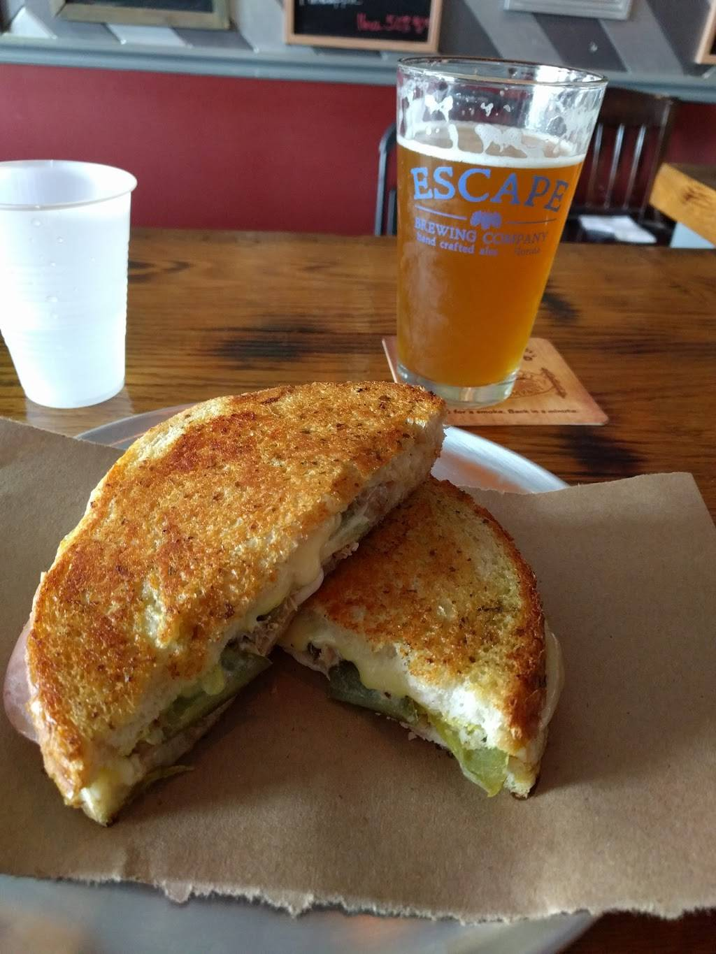 The Pint and Brew | restaurant | 3261 Tampa Rd, Palm Harbor, FL 34684, USA | 7275159946 OR +1 727-515-9946