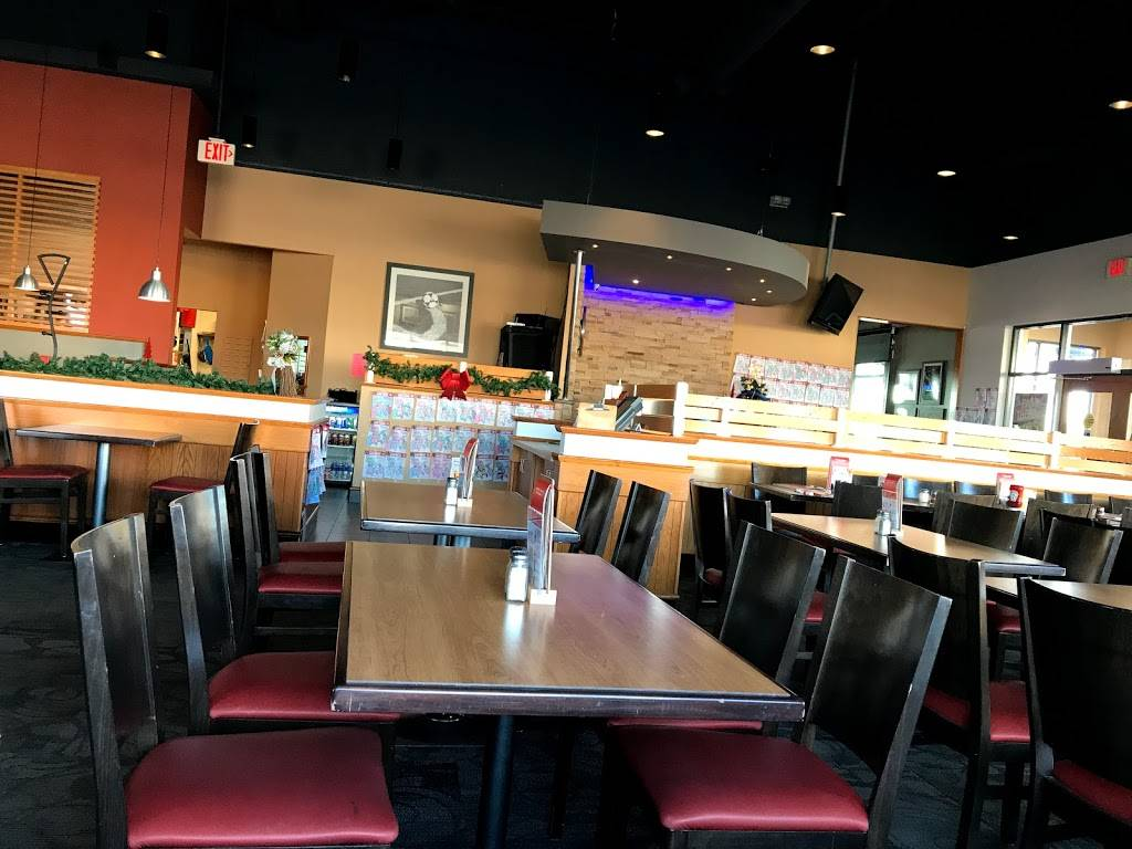 Boston Pizza | restaurant | Centrum Shopping Ctr, 2011 Winston Park Dr, Oakville, ON L6H 6P5, Canada | 9058298370 OR +1 905-829-8370