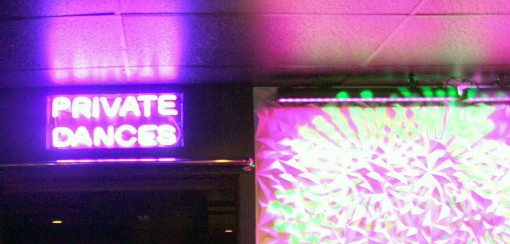 wayne fort Club 44