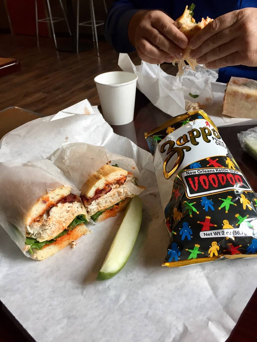 Herbn Twine Sand Co | restaurant | 4309 Lorain Ave, Cleveland, OH 44113, USA | 2164659600 OR +1 216-465-9600