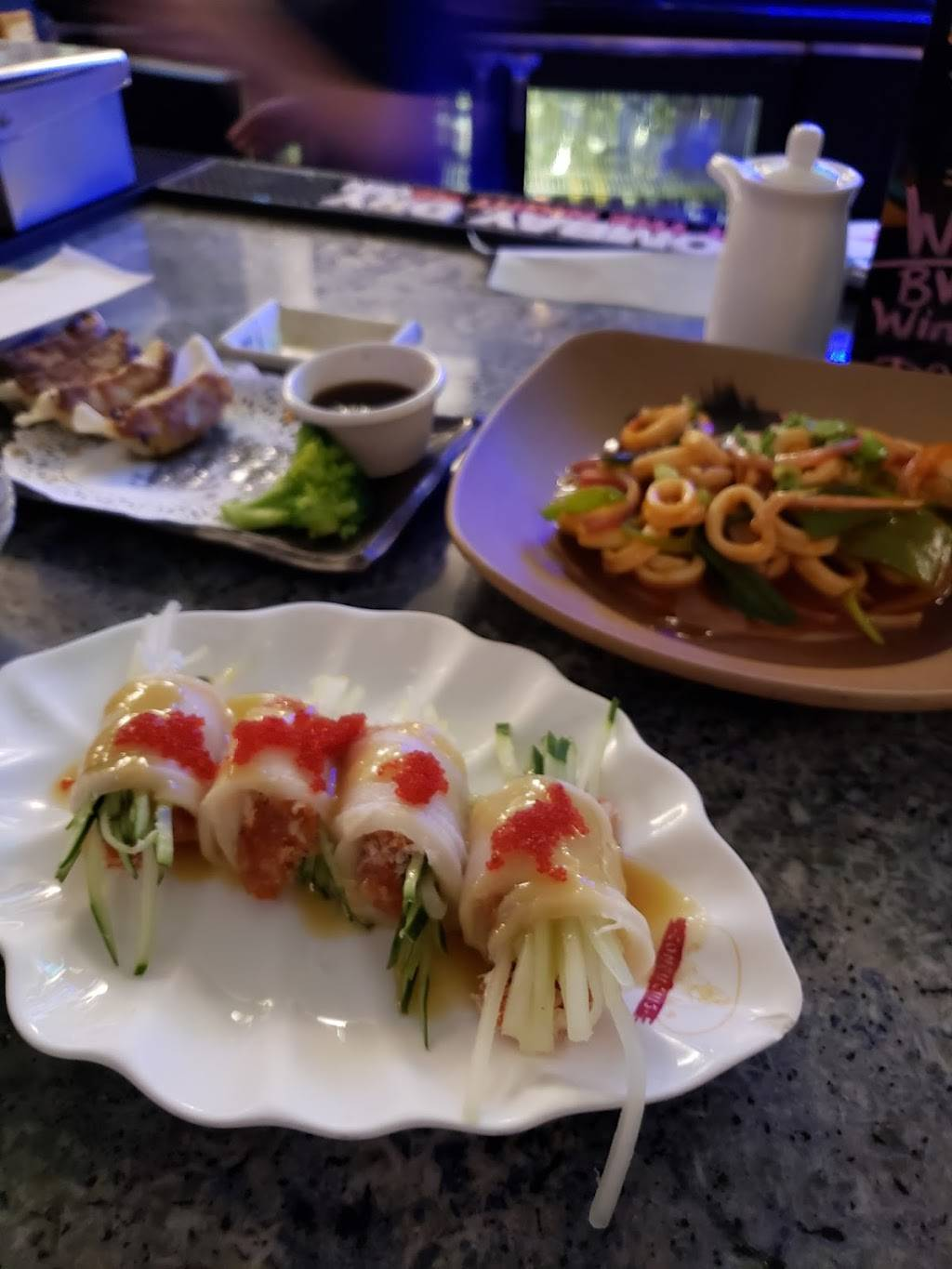 Robongi | restaurant | 4800 Ave at Port Imperial, Weehawken, NJ 07086, USA | 2015581818 OR +1 201-558-1818