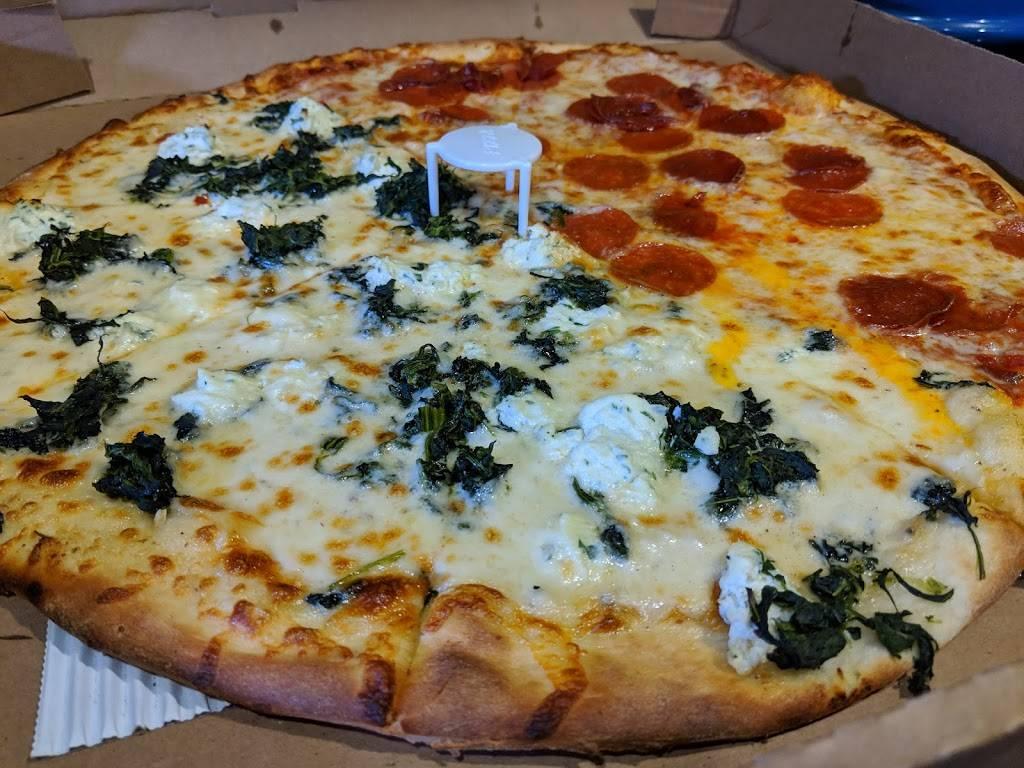 Roccos Neighborhood Pizza | restaurant | 6335 Wilshire Blvd, Los Angeles, CA 90048, USA | 3236550058 OR +1 323-655-0058