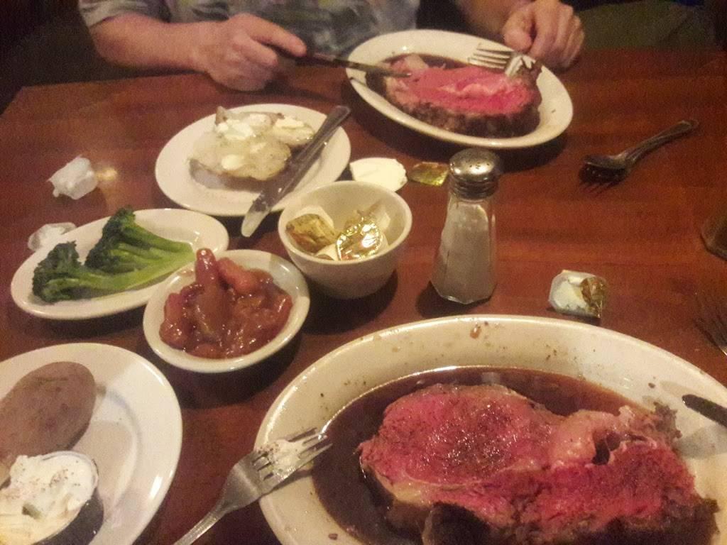 Stoppers Steak and Seafood   restaurant   6421 Perkiomen Ave, Birdsboro, PA 19508, USA   6105828911 OR +1 610-582-8911