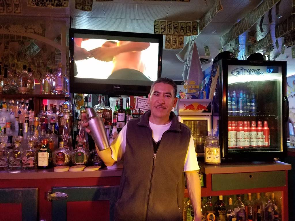 Carlitos Steakhouse   restaurant   148 Alta St, Gonzales, CA 93926, USA   8316753401 OR +1 831-675-3401