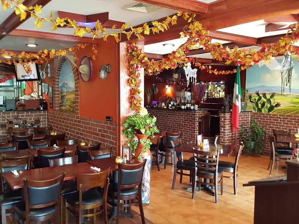 Estrellita Poblana IV | restaurant | 45 Westchester Square, Bronx, NY 10461, USA | 7182398290 OR +1 718-239-8290
