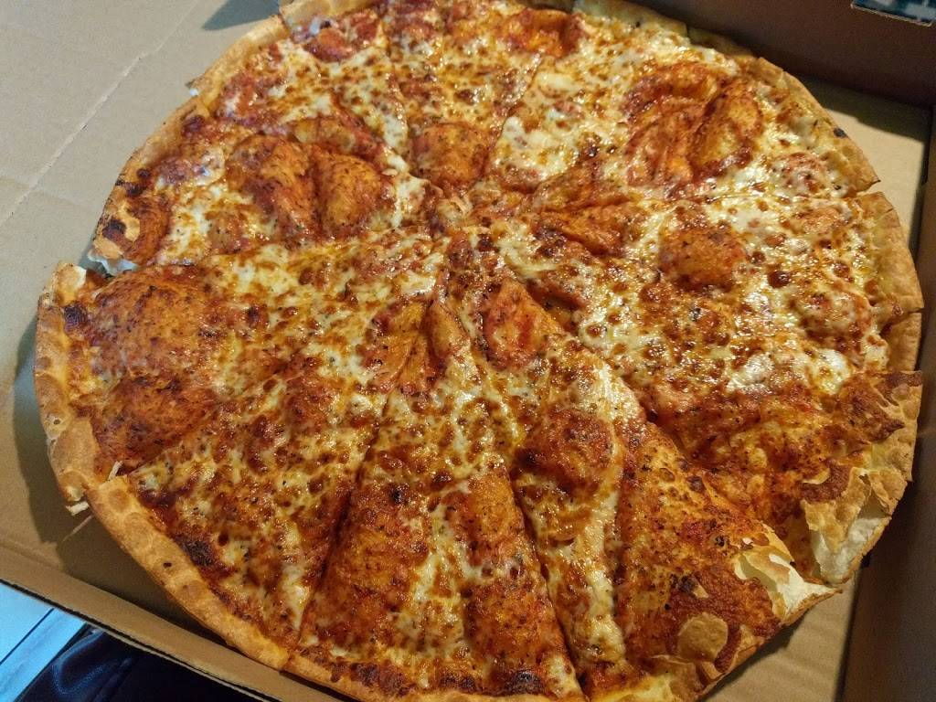 Johns Pizza | restaurant | 110 S Goldsboro St, Pikeville, NC 27863, USA | 9197094316 OR +1 919-709-4316