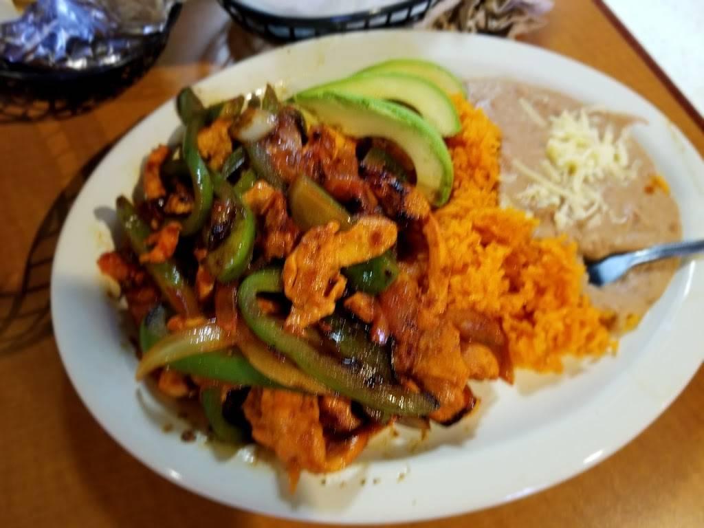 Taquería El Comal   restaurant   Warsaw, IN 46580, USA