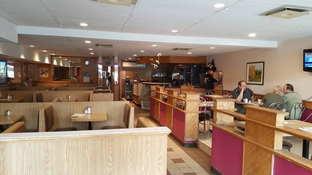 Restaurant Grillade Suny   restaurant   2563 Rue Ontario E, Montréal, QC H2K 1W6, Canada   4382883755 OR +1 438-288-3755