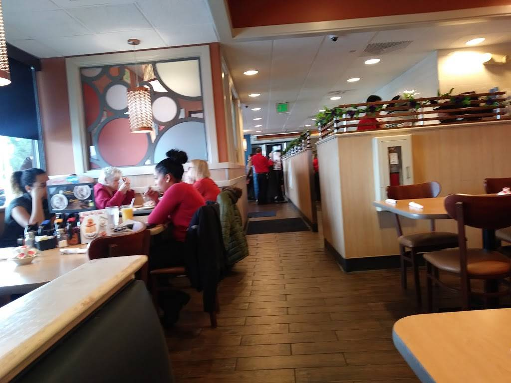 IHOP | bakery | 1511 Lehigh St, Allentown, PA 18103, USA | 6107976113 OR +1 610-797-6113