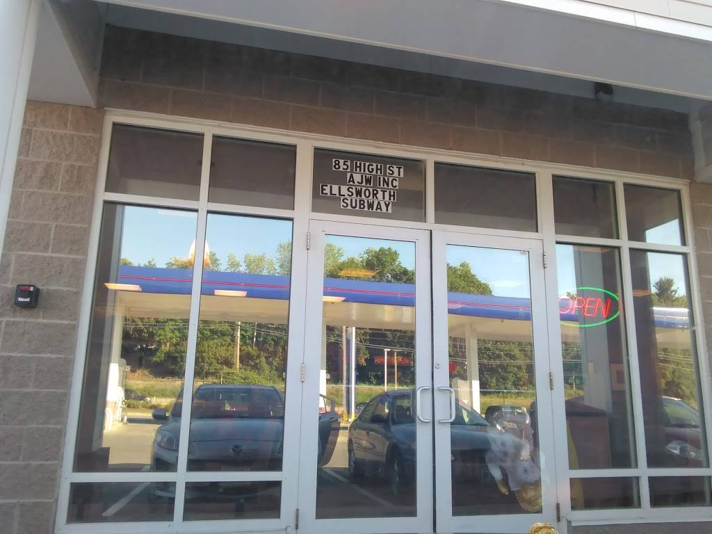 Subway | restaurant | 85 High St, Ellsworth, ME 04605, USA | 2076674226 OR +1 207-667-4226