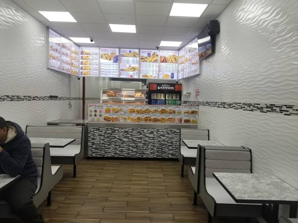 Kennedy fried chicken | restaurant | 3496 Jerome Ave, Bronx, NY 10467, USA | 7182210714 OR +1 718-221-0714