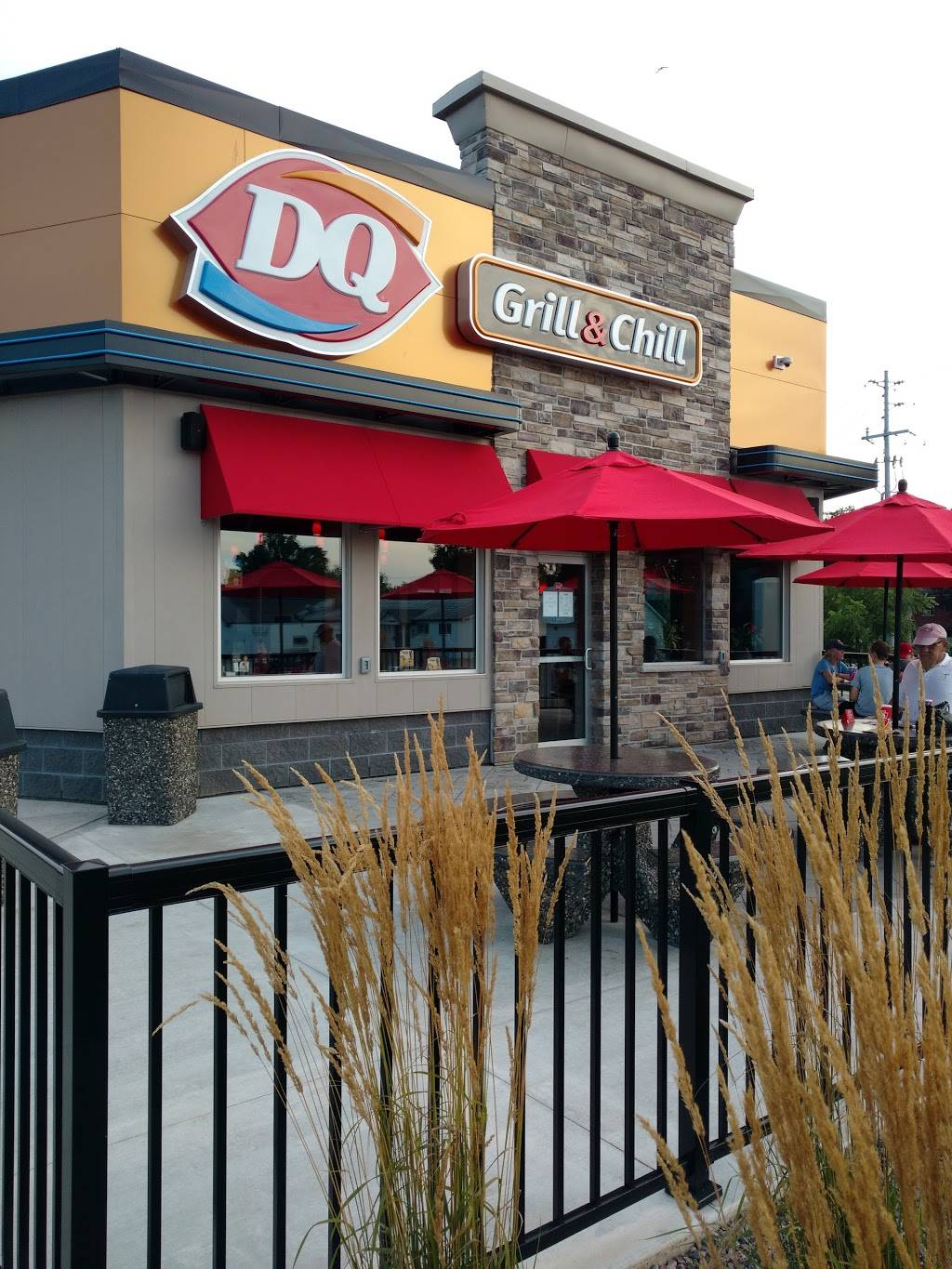 Dairy Queen Grill & Chill | restaurant | 150 McNab St, Walkerton, ON N0G 2V0, Canada | 5195073742 OR +1 519-507-3742