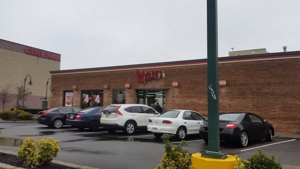 Wendys | restaurant | 181 Lefante Way, Bayonne, NJ 07002, USA | 2013398470 OR +1 201-339-8470