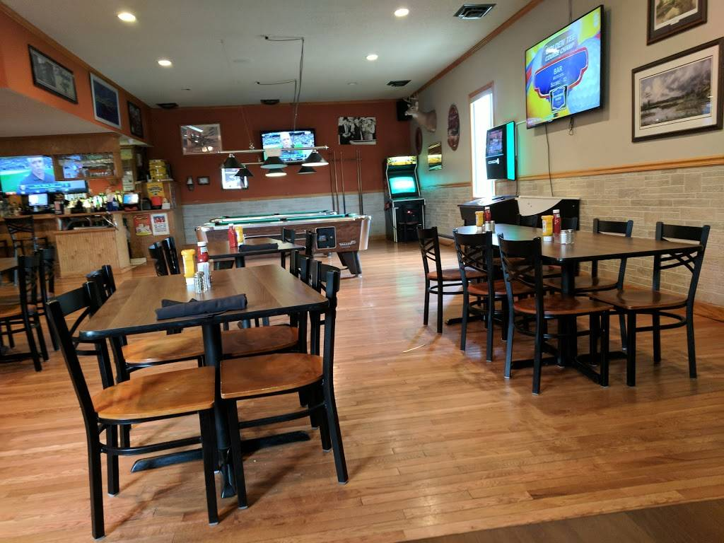 Chaps 3 at Leaning Tree Golf Course | restaurant | 7860 Smiths Creek Rd, Goodells, MI 48027, USA | 8103674500 OR +1 810-367-4500