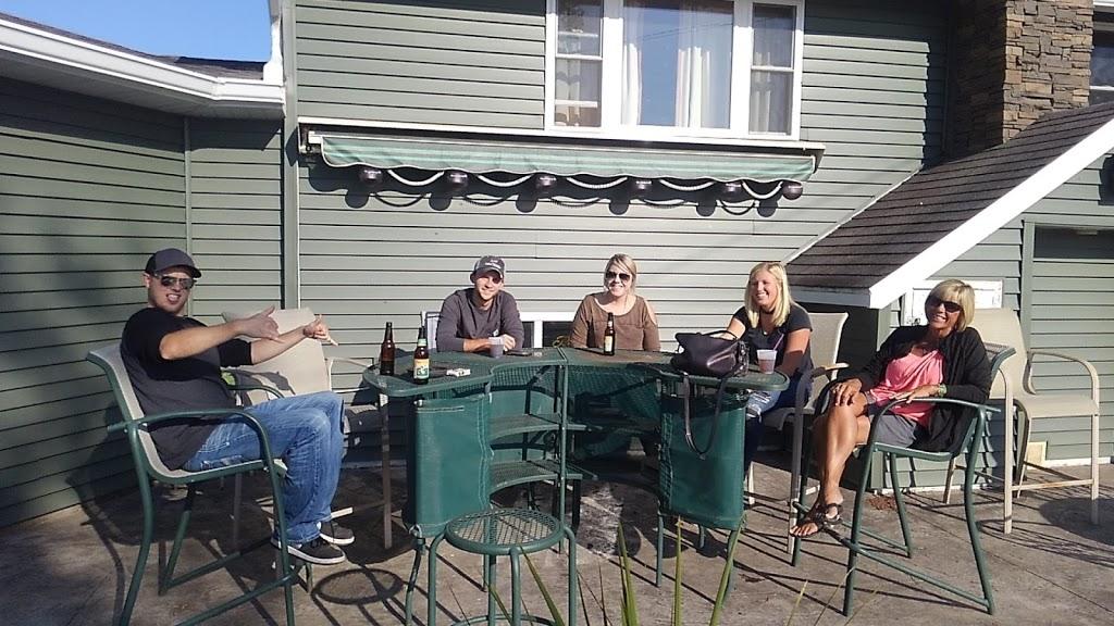 Big Moon Tavern | restaurant | 232 9 1/4 Ave, Clayton, WI 54004, USA | 7159862770 OR +1 715-986-2770
