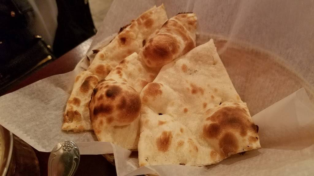 Silli Point Indian Fusion | restaurant | 498 Anderson Ave, Cliffside Park, NJ 07010, USA | 2019410271 OR +1 201-941-0271