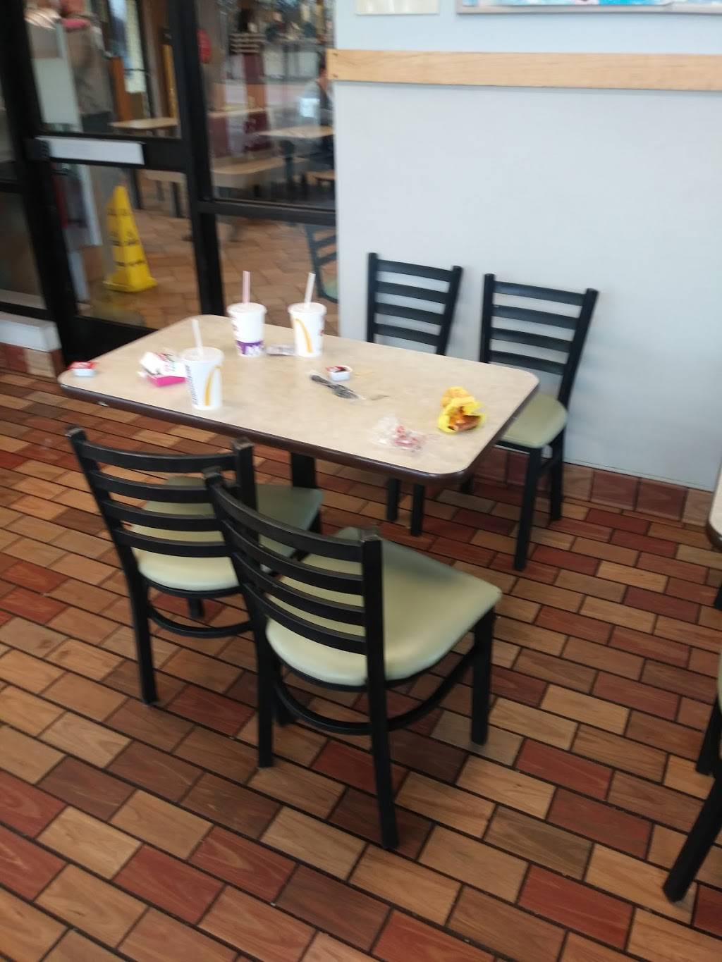 McDonalds   cafe   3021 Southeastern Ave, Indianapolis, IN 46203, USA   3176313484 OR +1 317-631-3484