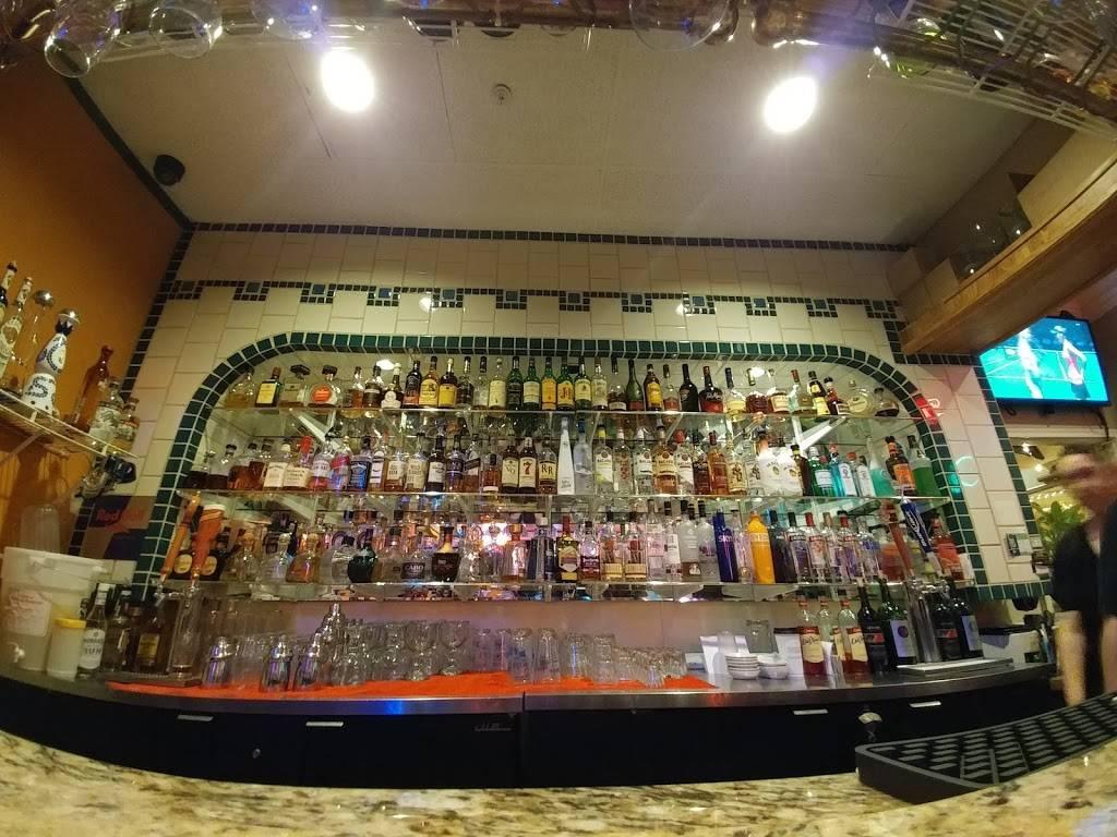 La Hacienda Arlington | restaurant | 210 W Division St, Arlington, WA 98223, USA | 3604359433 OR +1 360-435-9433