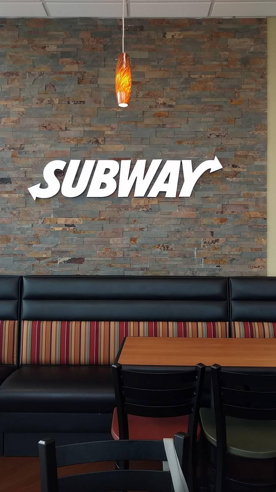 Subway Restaurants | restaurant | 5310 E Bay Dr #300, Clearwater, FL 33764, USA | 7275352974 OR +1 727-535-2974