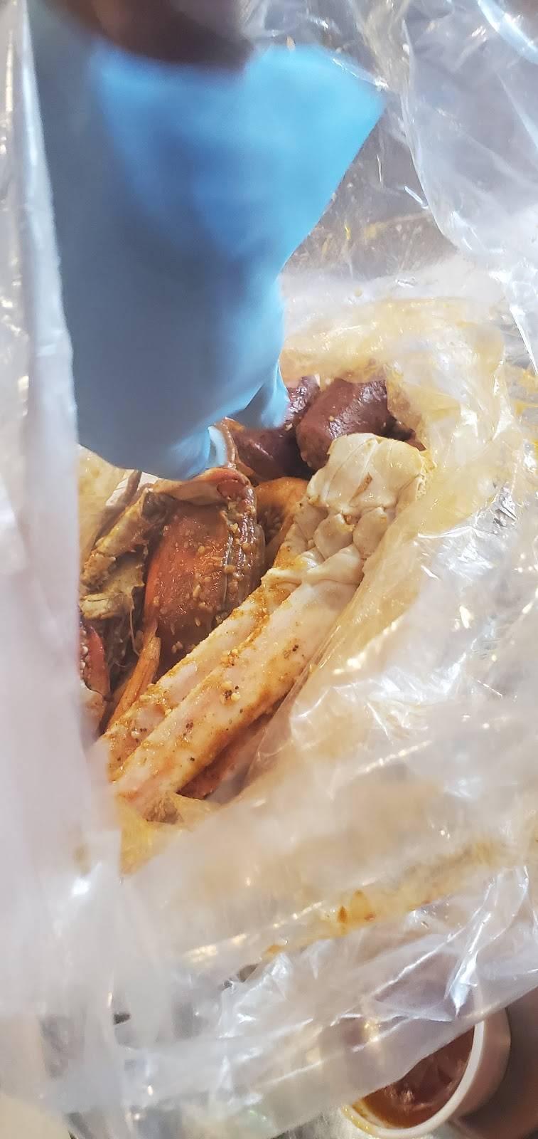 Crab Heads Cajun Boil | restaurant | 9630 Jones Rd, Houston, TX 77065, USA | 8329124953 OR +1 832-912-4953