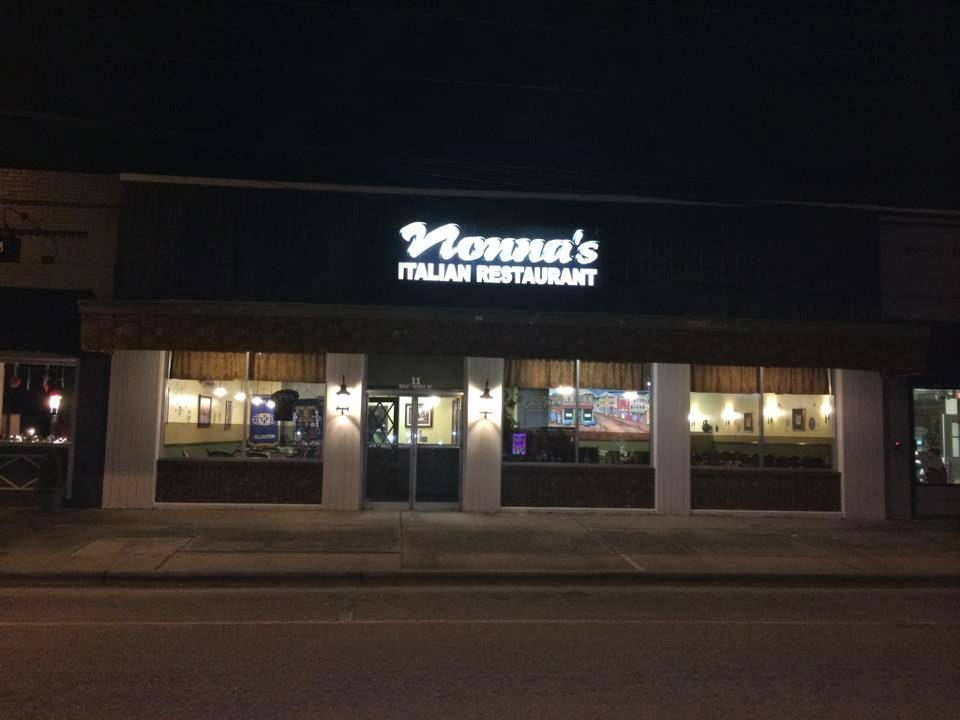 Nonnas | meal takeaway | 6677, 11, W Front St, Lillington, NC 27546, USA | 9108142888 OR +1 910-814-2888