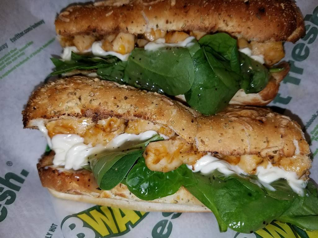 Subway Restaurants | restaurant | 11055 Buchanan Trail E, Waynesboro, PA 17268, USA | 7177493704 OR +1 717-749-3704
