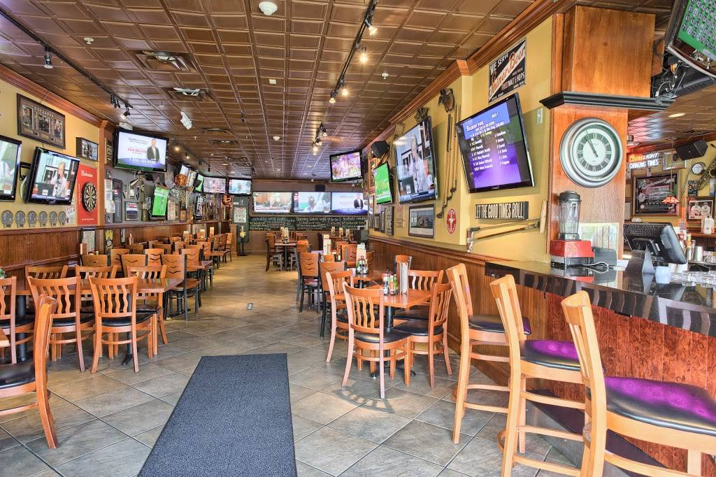 Changing Times Ale House | restaurant | 526B Larkfield Rd, East Northport, NY 11731, USA | 6313683255 OR +1 631-368-3255