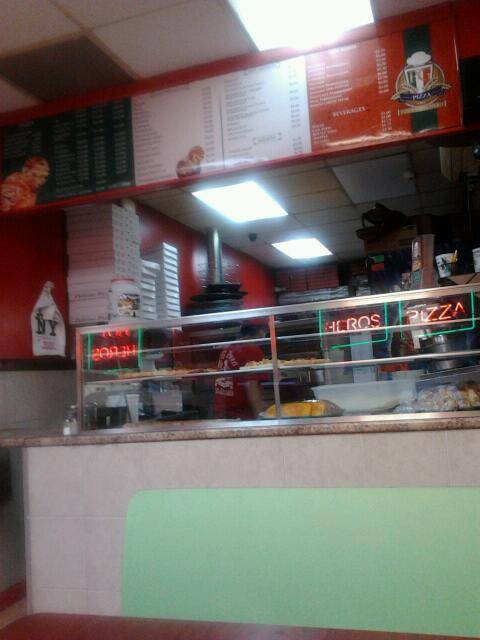PG Pizza | meal delivery | 231 E 167th St, Bronx, NY 10456, USA | 7184102000 OR +1 718-410-2000