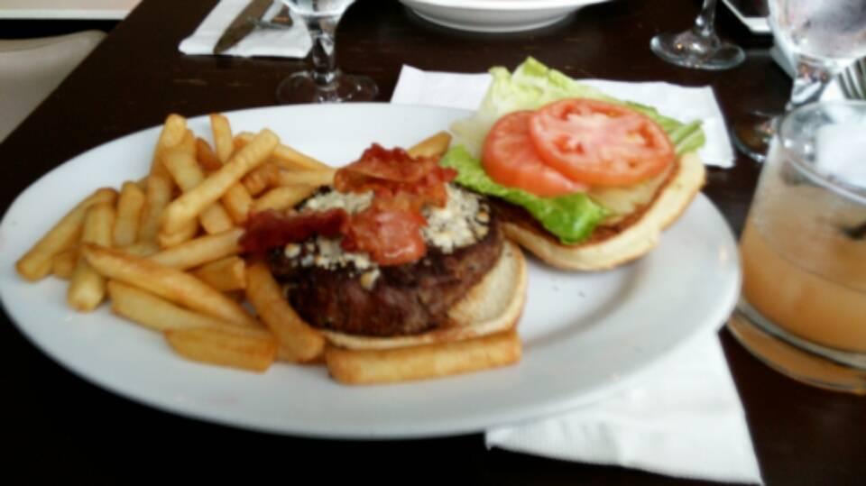 Il Sole   restaurant   233 Dyckman St, New York, NY 10034, USA   2125440406 OR +1 212-544-0406