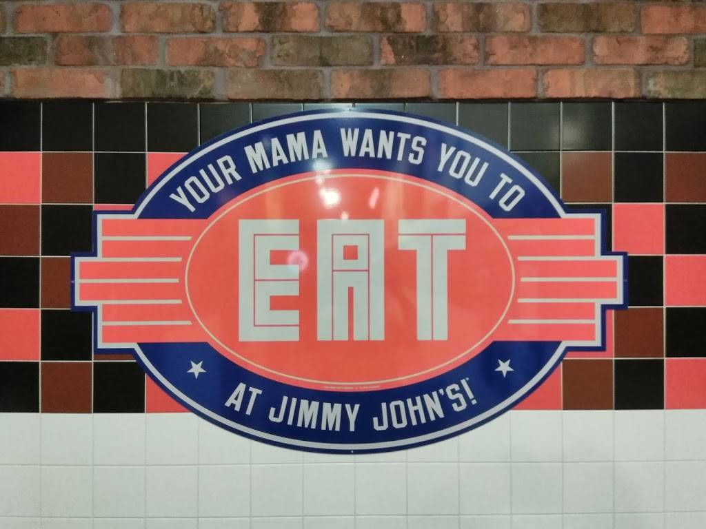 Jimmy Johns   meal delivery   114 S Chatham Rd, Springfield, IL 62704, USA   2175467020 OR +1 217-546-7020
