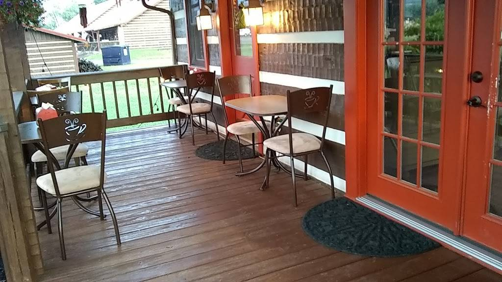 Mountain Chick Cafe/Home of Docs Donuts | cafe | 3103 Laurelwood Ln, Sevierville, TN 37862, USA | 8653667121 OR +1 865-366-7121