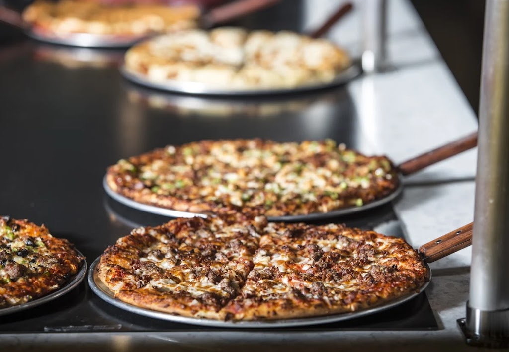 Johnnys Pizza House | meal delivery | 1924 S Julia St, Rayville, LA 71269, USA | 3187286474 OR +1 318-728-6474