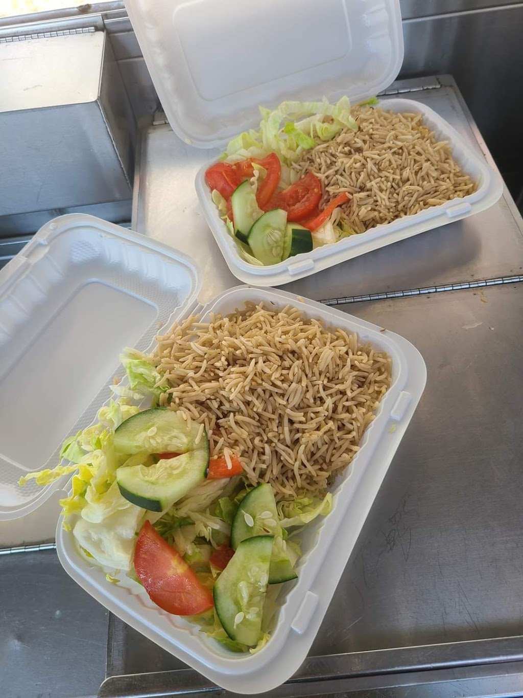 Annes halal food | meal takeaway | 254 05 Hillside Avenue, Queens, NY 11004, USA | 9294055940 OR +1 929-405-5940