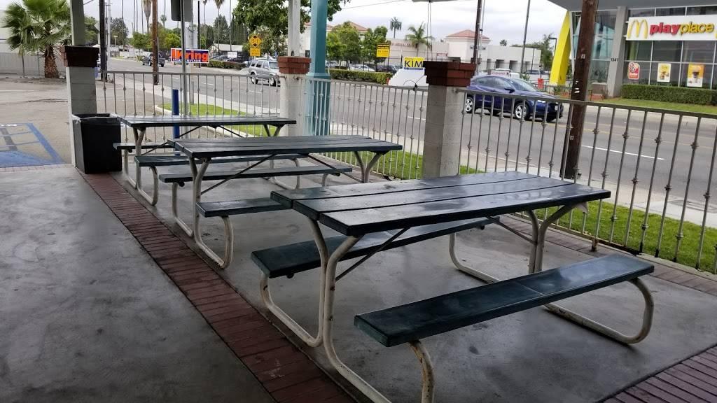 El Rancho   restaurant   1330 S Brookhurst Rd, Fullerton, CA 92833, USA   7148701812 OR +1 714-870-1812