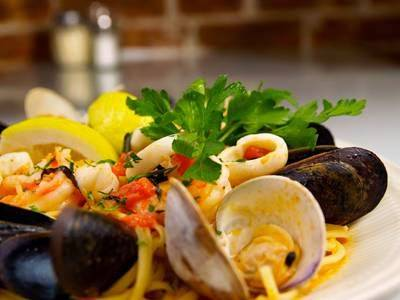 Leos Grandevous | restaurant | #A, 200 Grand St, Hoboken, NJ 07030, USA | 2016599467 OR +1 201-659-9467