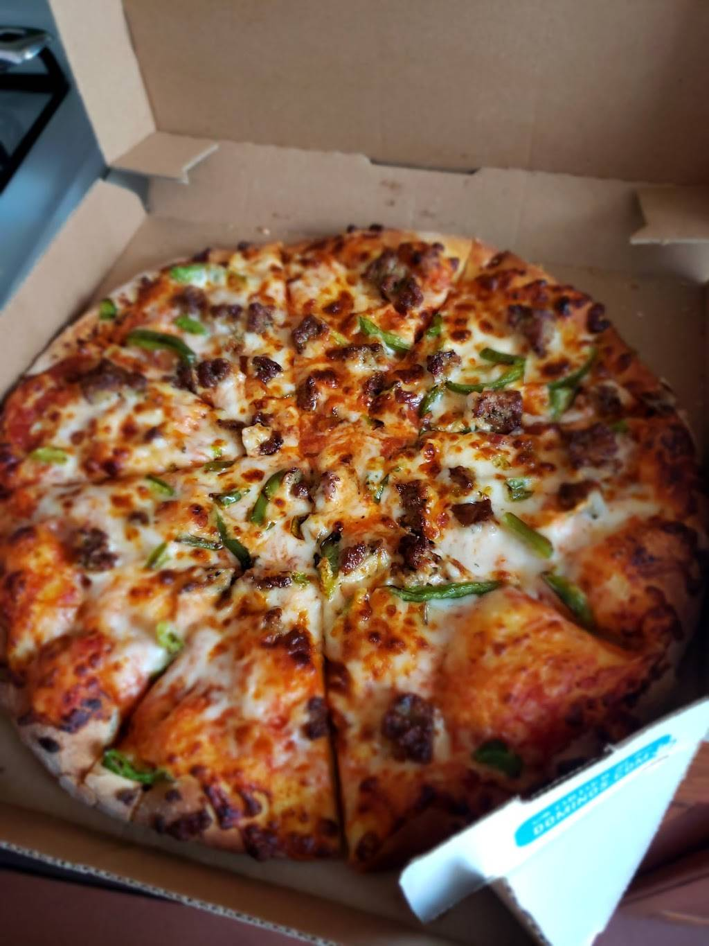 Dominos Pizza | meal delivery | 886 Dekalb Ave, Brooklyn, NY 11221, USA | 9179096464 OR +1 917-909-6464