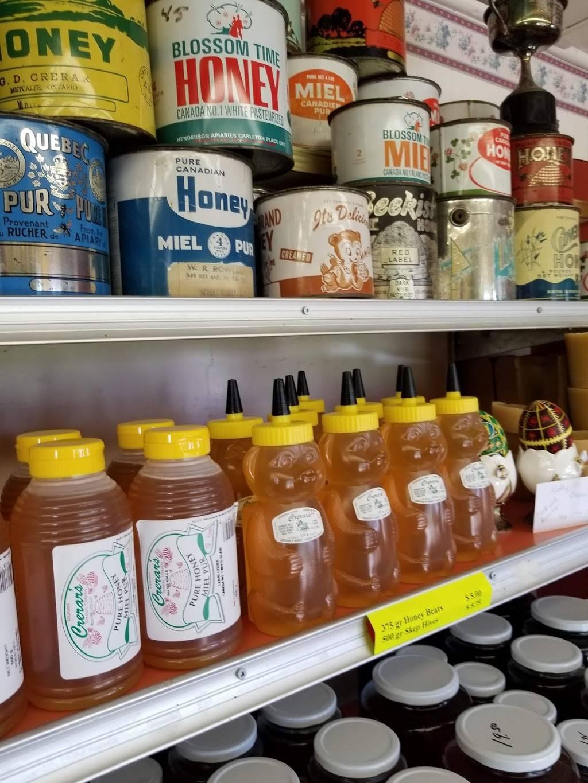 Crerars Honey | restaurant | 8214 Bank St, Vernon, ON K0A 3J0, Canada | 6138212133 OR +1 613-821-2133