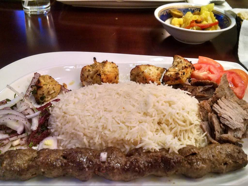 Larsas Restaurant   meal delivery   3724 Dempster Street, Skokie, IL 60076, USA   8476793663 OR +1 847-679-3663