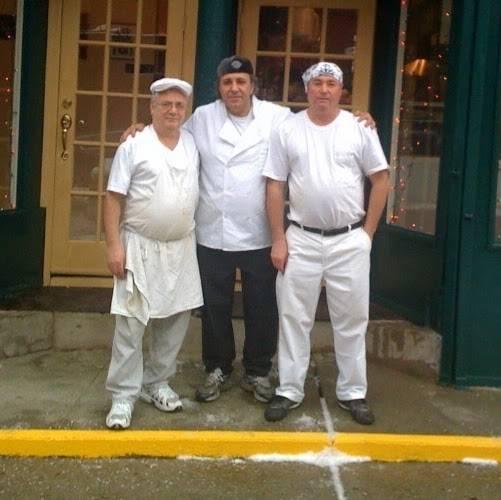 The 3 Luigis | restaurant | 275 Grand Ave, Brooklyn, NY 11238, USA | 7186220059 OR +1 718-622-0059