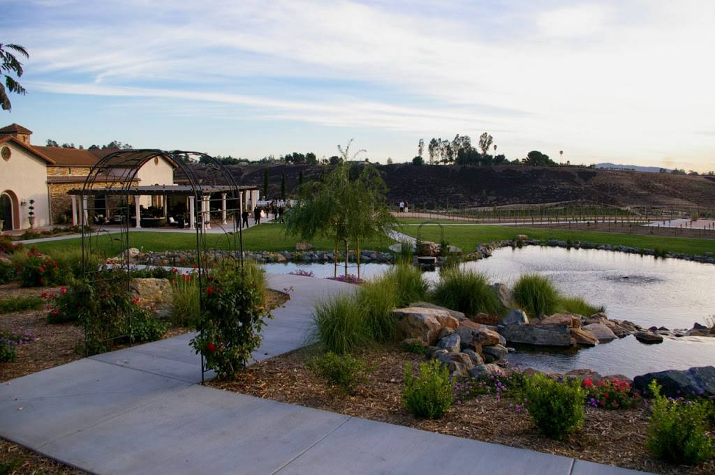 Avensole Winery Restaurant 34567 Rancho California Rd