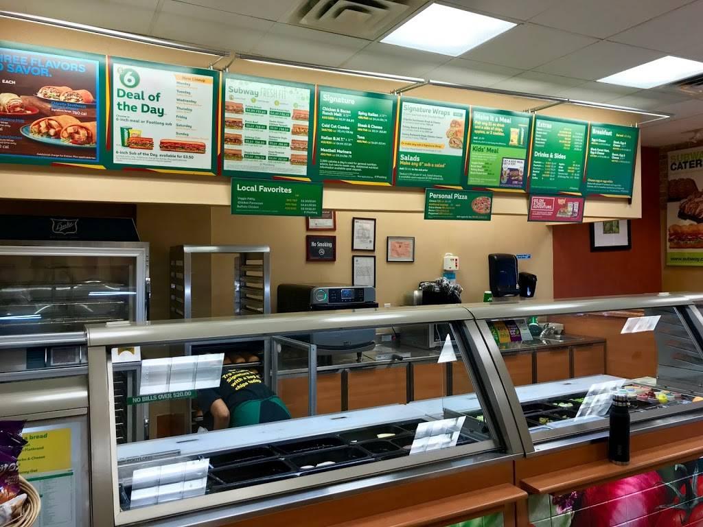 Subway Restaurants | restaurant | 329 Sand Ln, Staten Island, NY 10305, USA | 7189819800 OR +1 718-981-9800