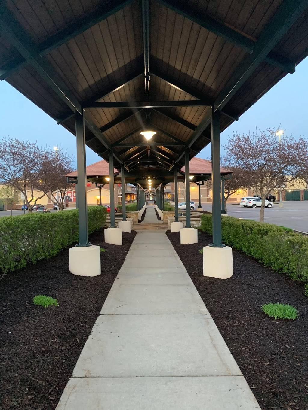 Greenway Station | shopping mall | 1650 Deming Way suite 106, Middleton, WI 53562, USA | 6088249111 OR +1 608-824-9111