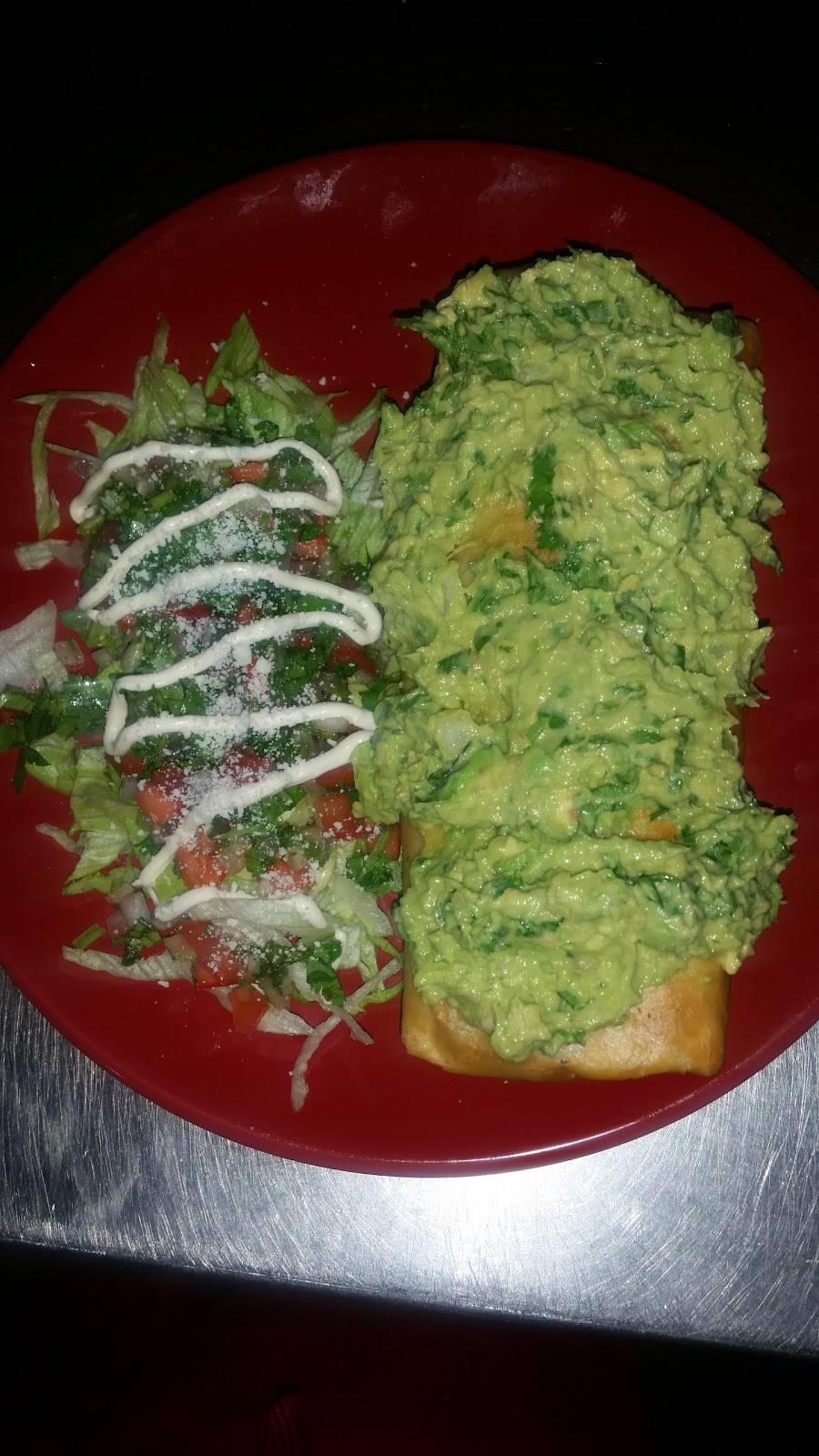 Espositos Italian & Mexican food | restaurant | 419 E Main St, Wrightstown, NJ 08562, USA | 6097235600 OR +1 609-723-5600