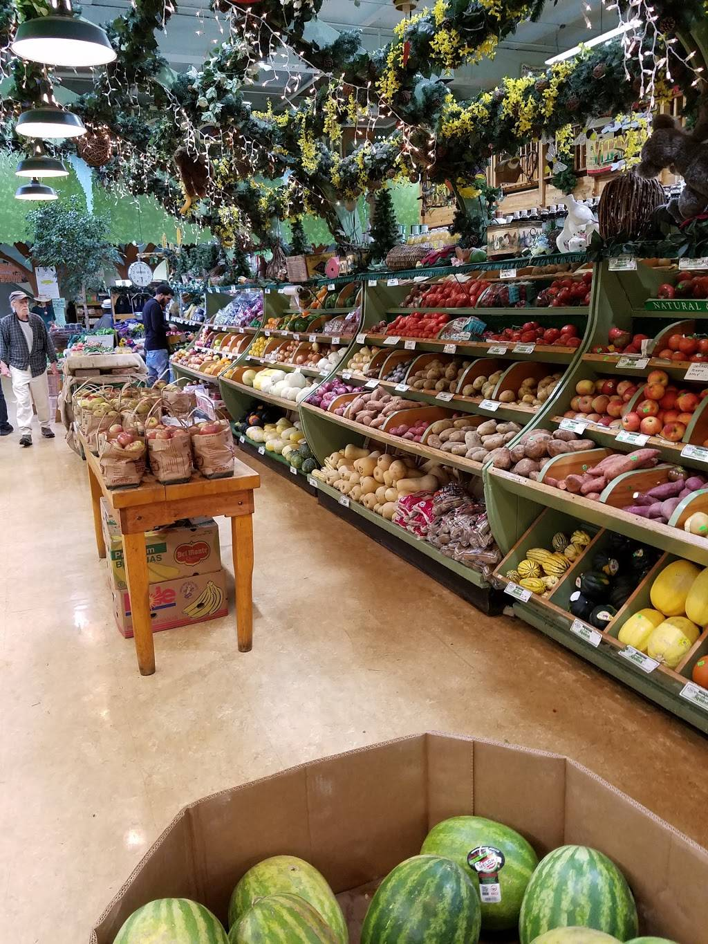 Edge of the Woods Market | bakery | 379 Whalley Ave, New Haven, CT 06511, USA | 2037871055 OR +1 203-787-1055