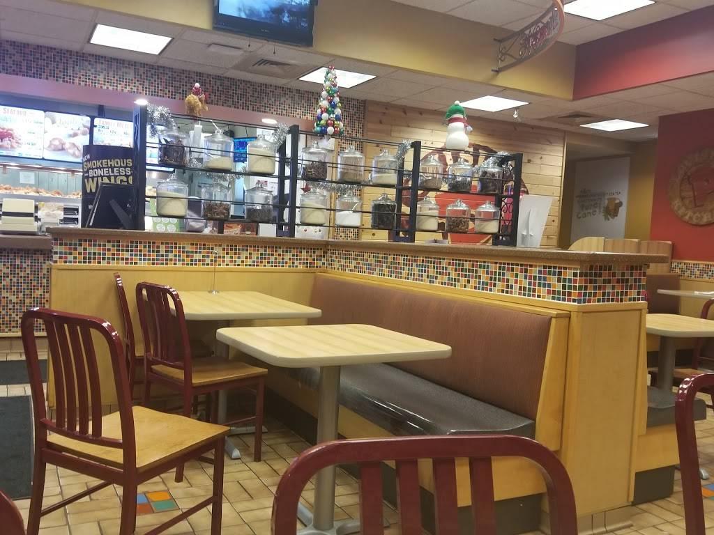 Popeyes Louisiana Kitchen   restaurant   6935 Cermak Rd, Berwyn, IL 60402, USA   7084842737 OR +1 708-484-2737