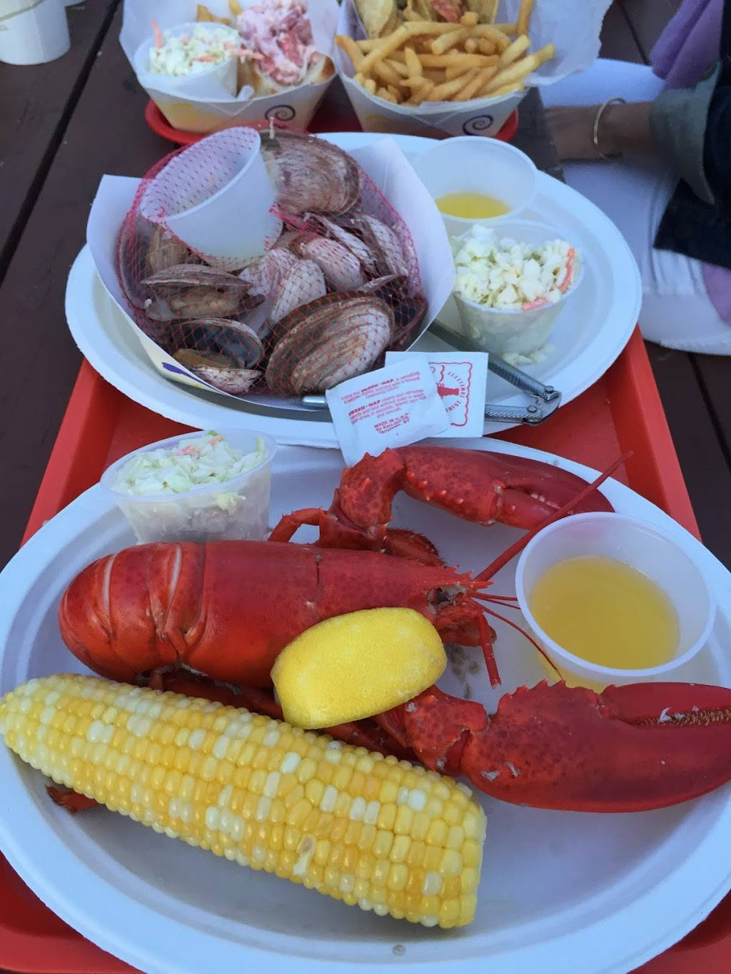 Holbrooks Lobster Wharf + Grille | restaurant | 984 Cundys Harbor Rd, Harpswell, ME 04079, USA | 2077299050 OR +1 207-729-9050