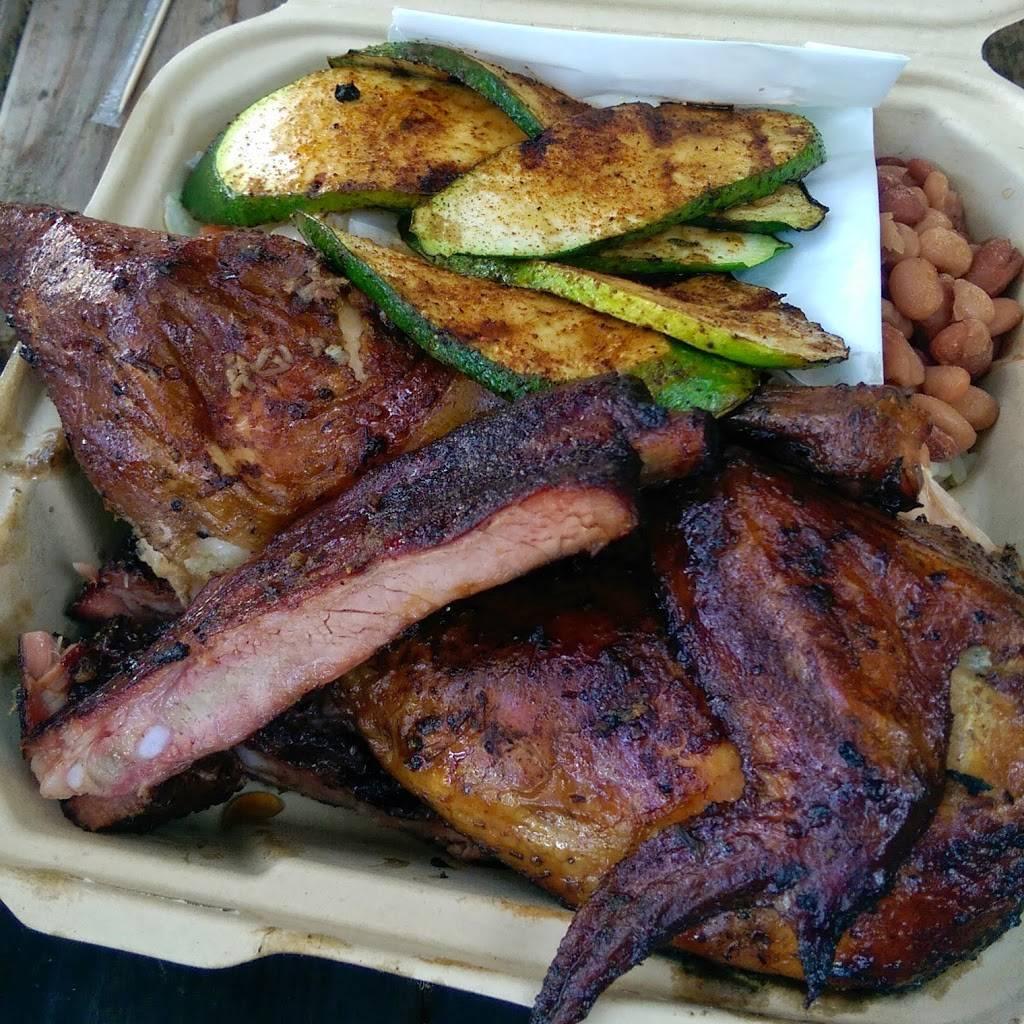Gorilla Barbeque | restaurant | 2145 Cabrillo Hwy, Pacifica, CA 94044, USA | 6503597427 OR +1 650-359-7427