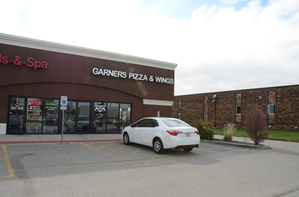 Garners Pizza & Wings | meal delivery | 124 Detroit Ave, Morton, IL 61550, USA | 3092634141 OR +1 309-263-4141