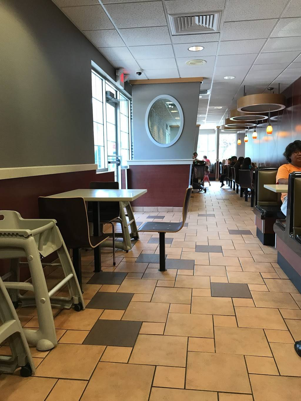 McDonalds   cafe   30 Flanders Rd, Riverhead, NY 11901, USA   6317278727 OR +1 631-727-8727